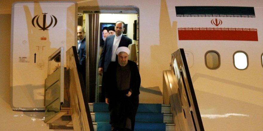 Ruhani, Türkiye-Rusya-İran Üçlü Zirvesi İçin Ankara'da