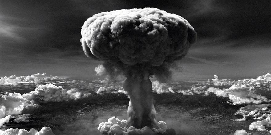 6 Ağustos 1945, ABD, Hiroşima'ya atom bombası attı