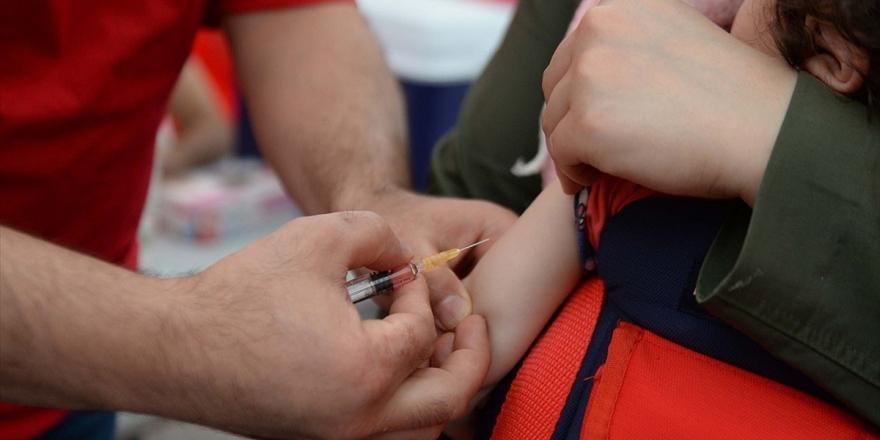 Prof. Dr. Sarp Üner: Toplumsal Bağışıklık İçin Aşı Oranı Yüzde 95 Olmalı