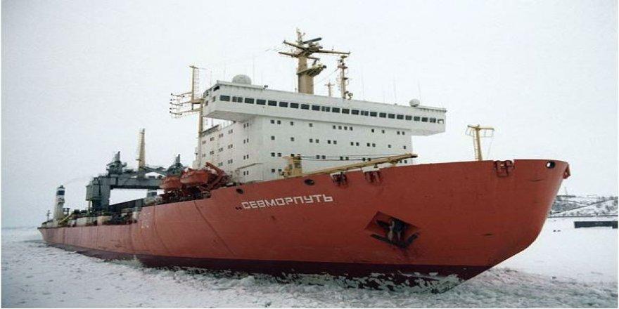 Alp Kırıkkanat yazdı: Rusya'nın Arktik Faaliyetleri ve Yansımaları