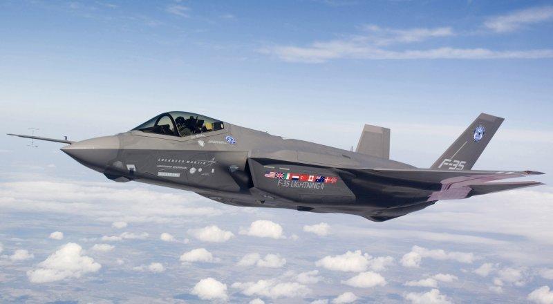 NATIONAL INTEREST: F-35 PİLOTLARI, S-400'LERE KARŞI KOYABİLMEK İÇİN BİLGİSAYAR SİMÜLASYONLARIYLA TATBİKAT GERÇEKLEŞTİRİYOR