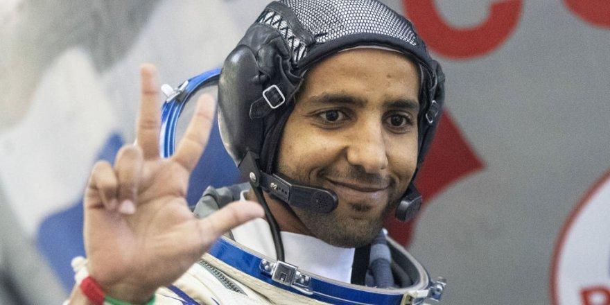 Tarihi Yolculuk İçin Geri Sayıma Başlayan BAE'nin İlk Astronotu İçin Özel Rehber: Uzayda Nasıl Namaz Kılacak?