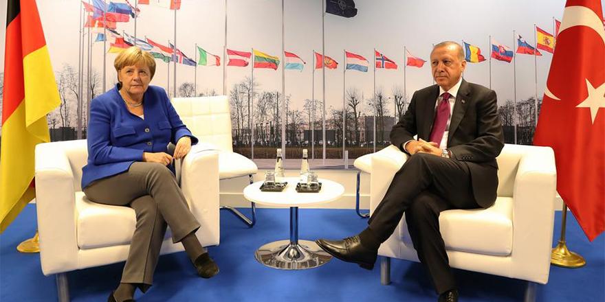 """Merkel ile Erdoğan """"görüş ayrılıklarını"""" ele alacak"""