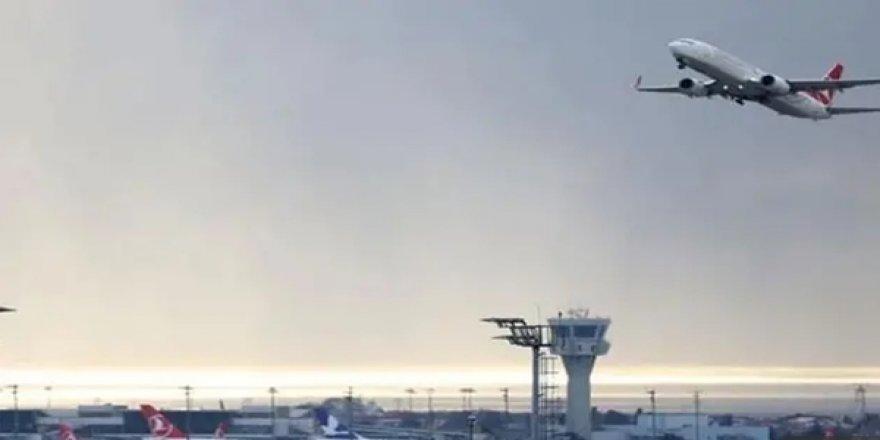 Deprem İniş Yapacak Uçakları da Etkiledi: Kule'den Pilotlara Deprem Oldu, Pas Geçin