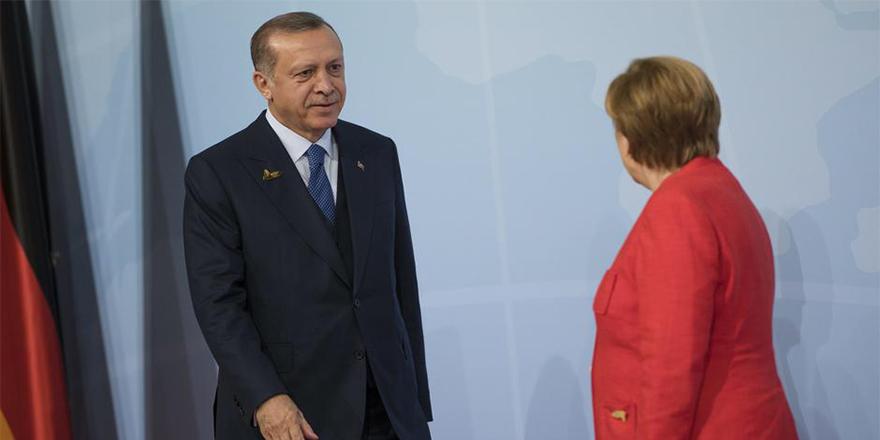 Erdoğan'ın ziyareti Alman siyasetini ikiye böldü
