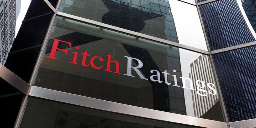 Fitch: Türkiye TL'deki değer kaybına hızla çare bulmalı