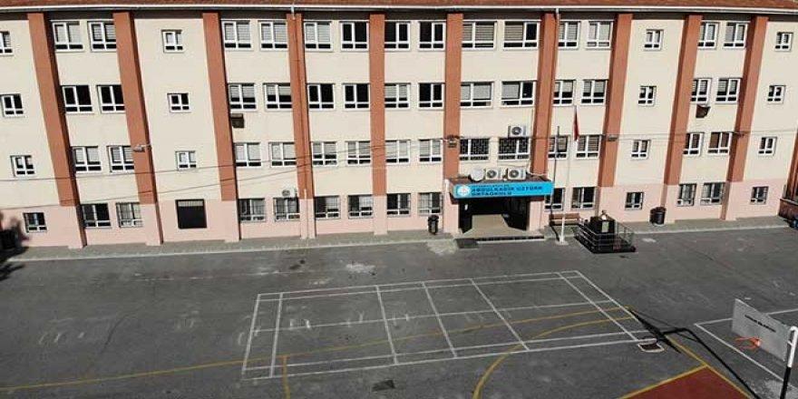 Bu Okulları Hangi Müteahhitler Yaptı; İstanbul'da Boşaltılan 29 Okuldan 19'u 1999'dan Sonra Yapılmış