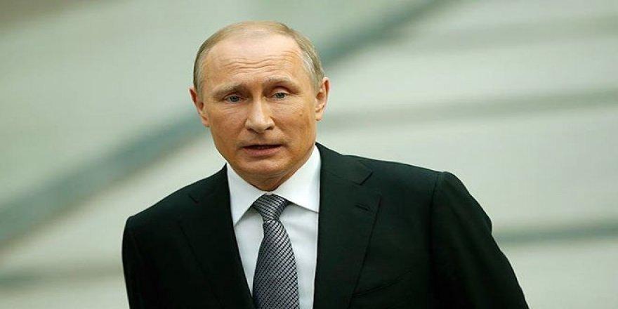 67 Yaşına Basan Putin Doğum Gününde Maaşına Zam Yaptı