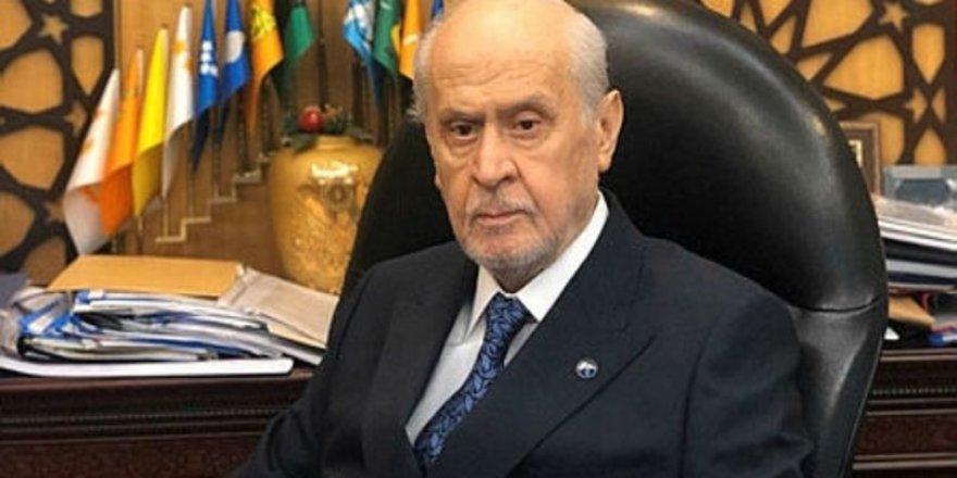 MHP lideri Devlet Bahçeli'nin yakasındaki rozetin anlamı ne?