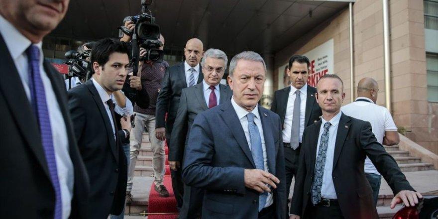 CHP: Akar, Türkiye ile Suriye'nin çeşitli kurumlar aracılığıyla diyalog arayışında olduğunu söyledi
