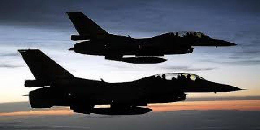 Yunan Uçaklarından Hava Sahası İhlali