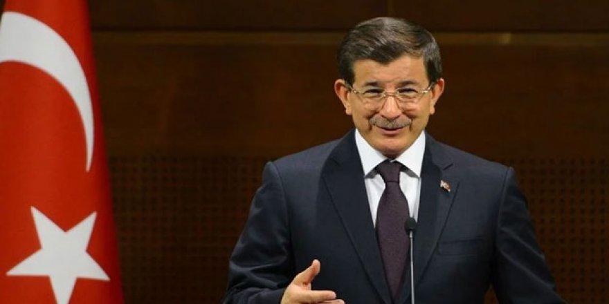 """Davutoğlu """"Korku Duvarını Aşacağız, Yeni Bir Umut Olacağız"""""""