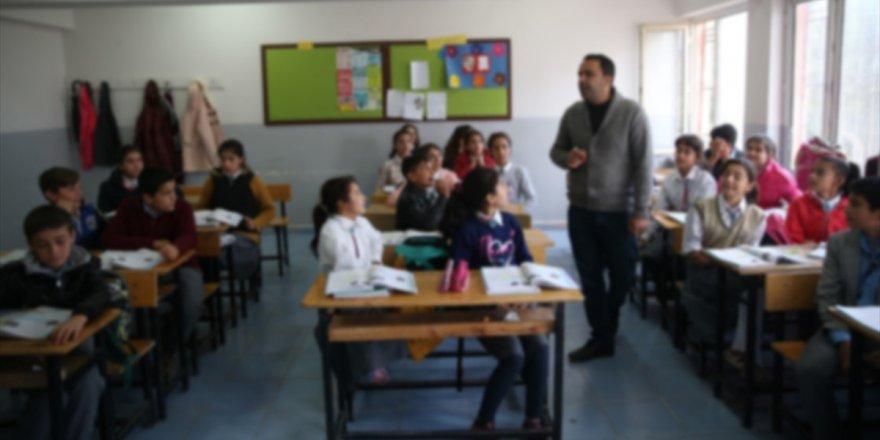 Şırnak, Mardin ve Şanlıurfa'da Sınıra Yakın Bölgelerdeki Okullarda Eğitime 5 Gün Ara Verildi