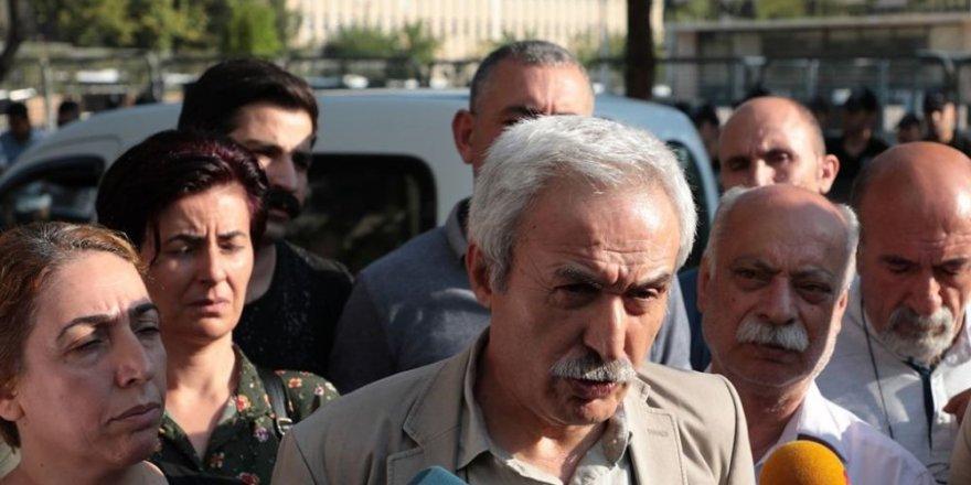 Yerine Kayyum Atanan Diyarbakır Belediye Başkanı Selçuk Mızraklı Gözaltına Alındı