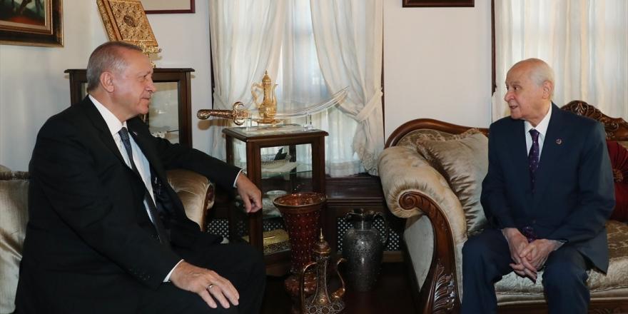 Cumhurbaşkanı Erdoğan Bahçeli'yi Ziyaret Etti