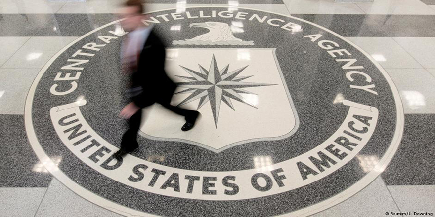 Eski CIA başkanlarından Trump'a kınama