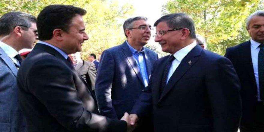 Davutoğlu ve Babacan'ın görüştüğü Kürt siyasetçiler ortaya çıktı