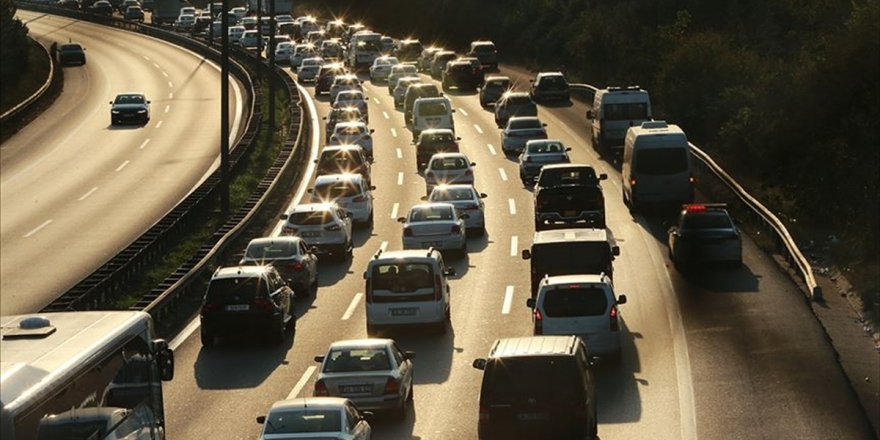 Trafiğe Kayıtlı Otomobillerde Liderlik Dizel Araçlarda
