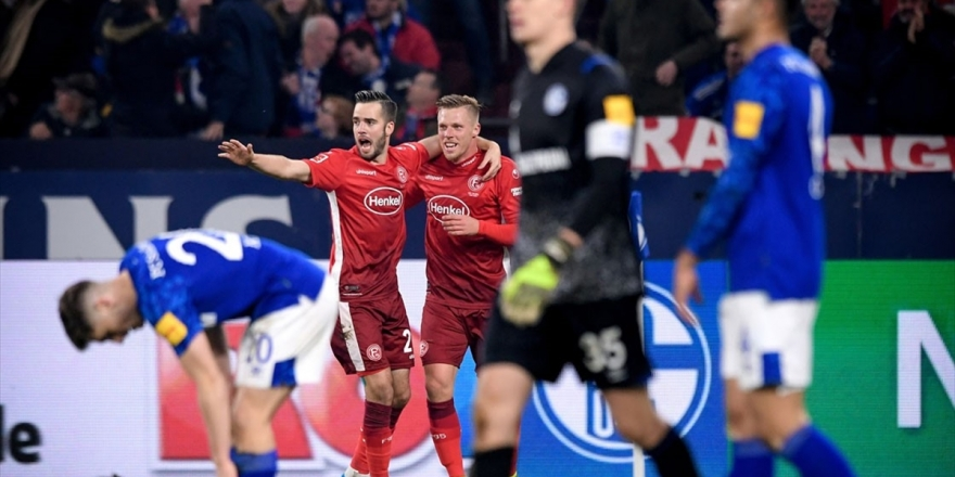 Schalke 04-Fortuna Düsseldorf Maçı 3-3 Berabere Bitti