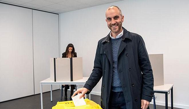 Almanya'da Türk Kökenli Belit Onay Belediye Başkanı Oldu