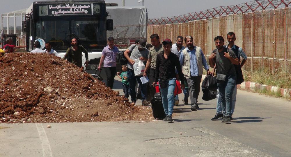 Gaziantep'de kurulan 'Suriye Geçici Hükümeti', Suriyelilere lise denklik belgesi veriyor