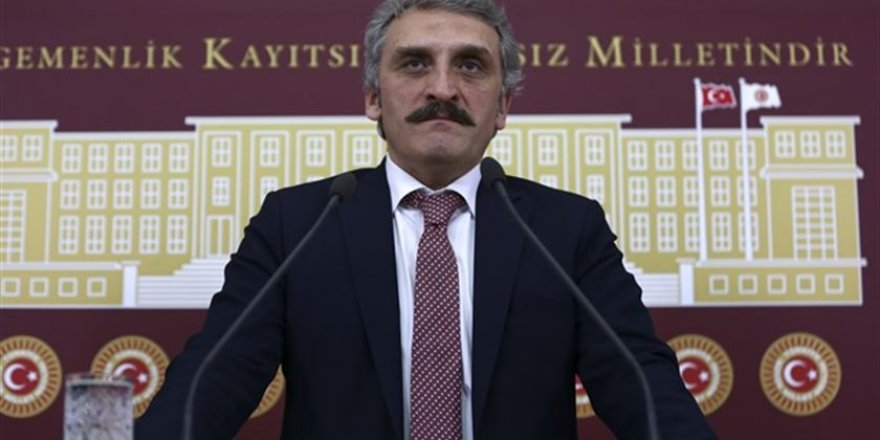 Kerime Yıldız yazdı: DEVRİM ARABASI 129 GÜNDE YAPILDI AHMET BEY!