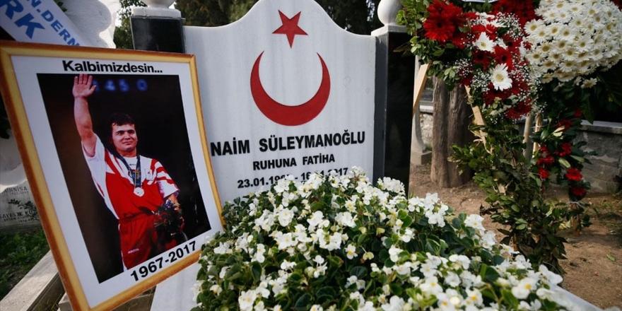 Naim Süleymanoğlu Vefatının İkinci Yıl Dönümünde Anıldı