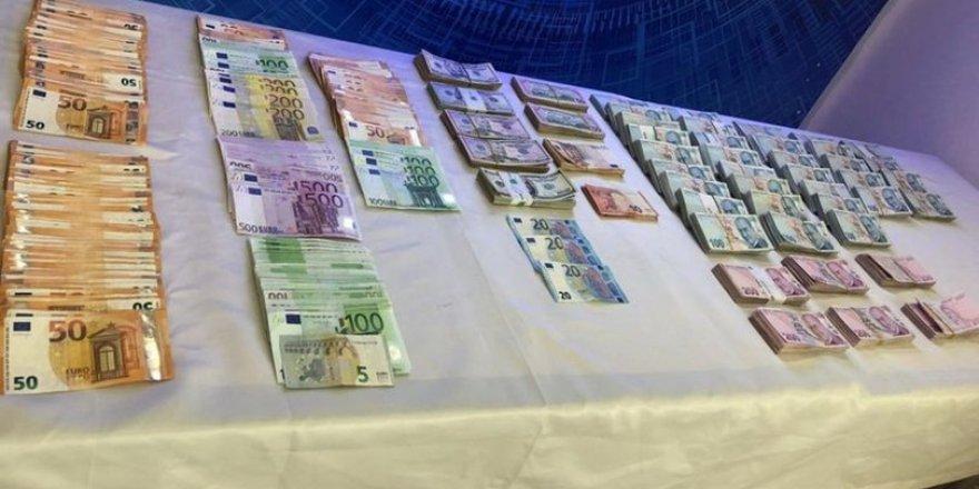 Türk-Alman para transferi örgütüne operasyon