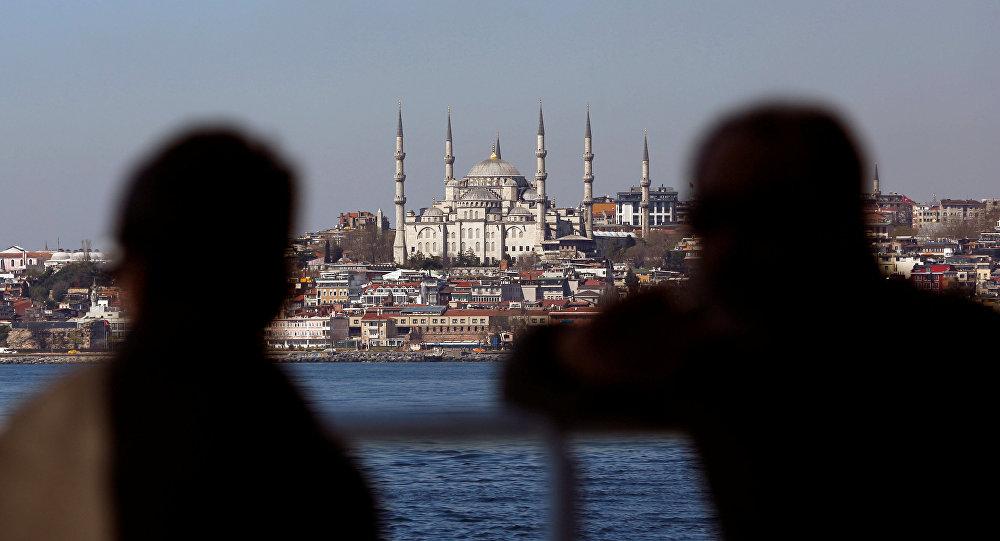 İstanbul'da sabah ezanına 'mesai' ayarı