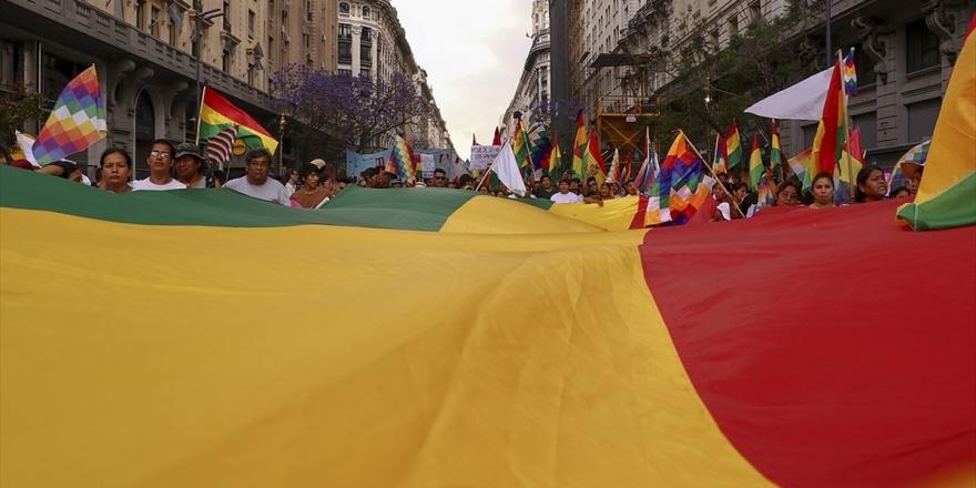 Bolivya'da Morales'in Partisi Yeni Adaylarla Seçime Katılacak