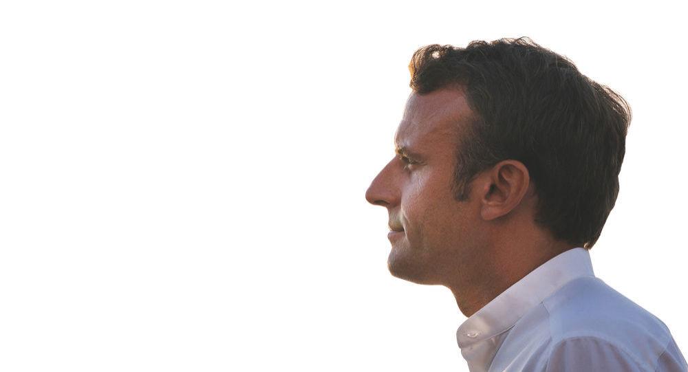 Macron, akaryakıt zamları konusunda hata yaptığını itiraf etti