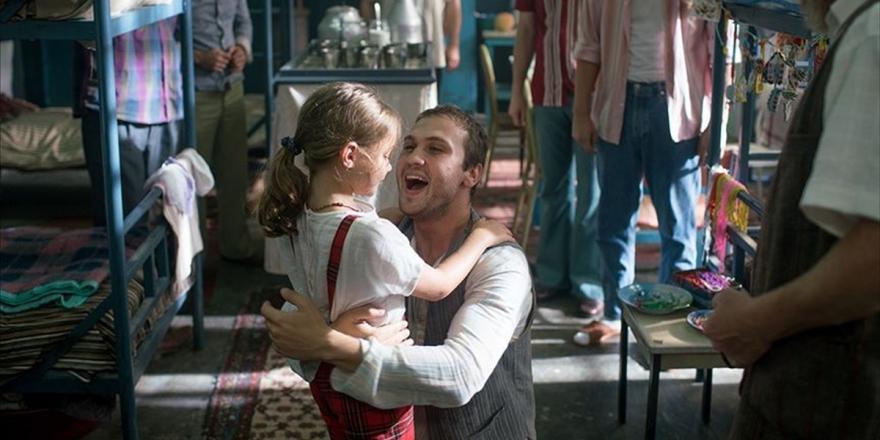 '7. Koğuştaki Mucize' Filmini 8 Haftada 5 Milyon 64 Bin 317 Kişi İzledi
