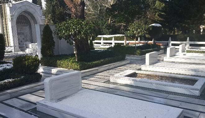 İstanbul'da mezar yerlerine zam: Zincirlikuyu 34 Bin TL oldu