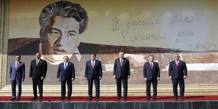 """""""Türk Konseyi 6. Devlet Başkanları Zirvesi"""" başladı"""