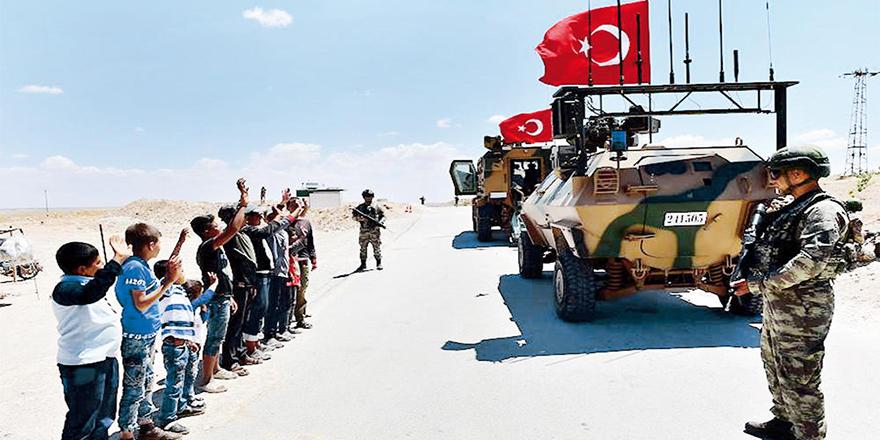 Mehmetçik Menbiç'te devriyeye başladı