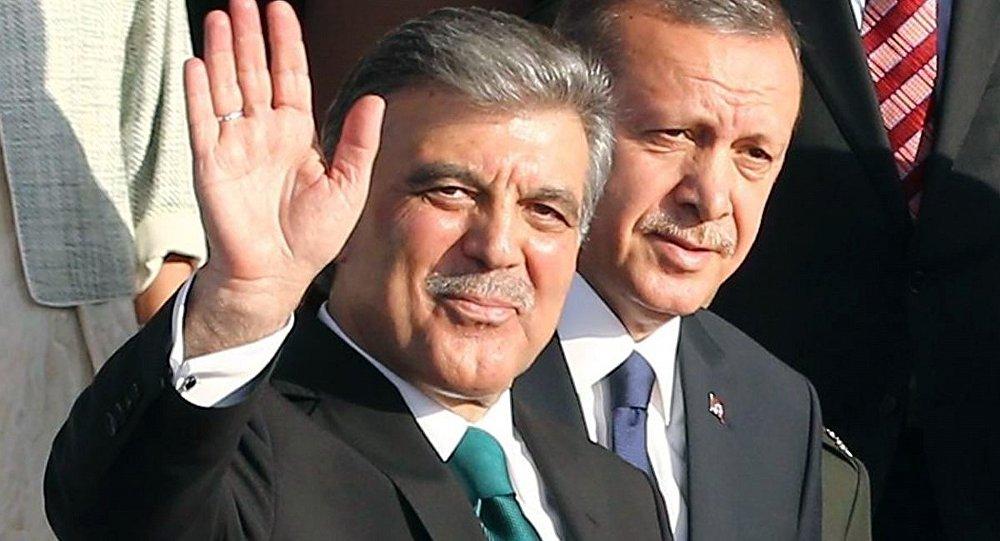 Selvi: Abdullah Gül, 17-25 Aralık ile Gezi Parkı eylemlerinde Erdoğan'ı desteklemedi