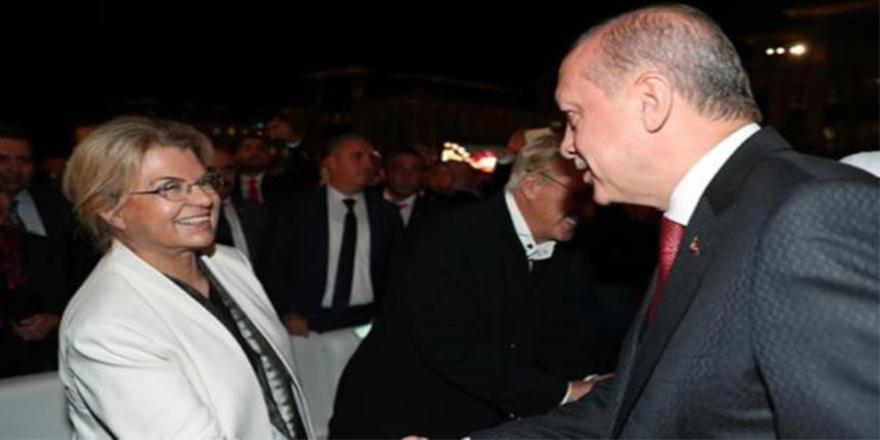 Erdoğan, Çiller'i yakalamak üzere