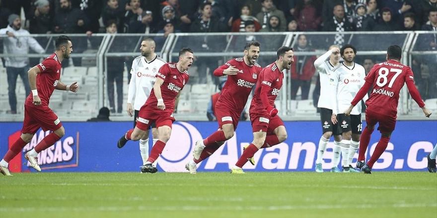 Beşiktaş Lider Sivasspor Karşısında Tutunamadı
