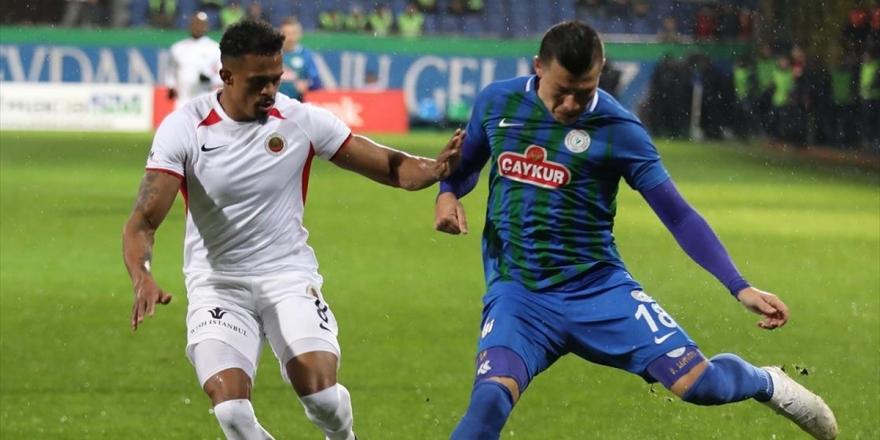 Süper Lig'de Haftanın Kapanış Maçında Gülen Taraf Çaykur Rizespor Oldu