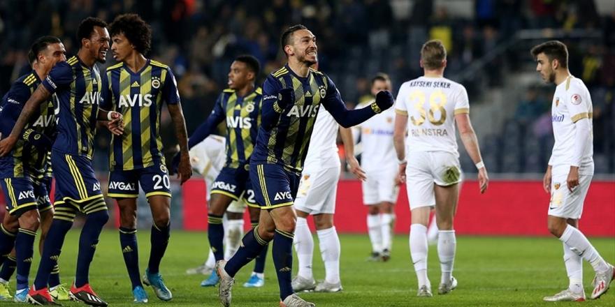 Fenerbahçe Çeyrek Final Biletini İki Golle Aldı