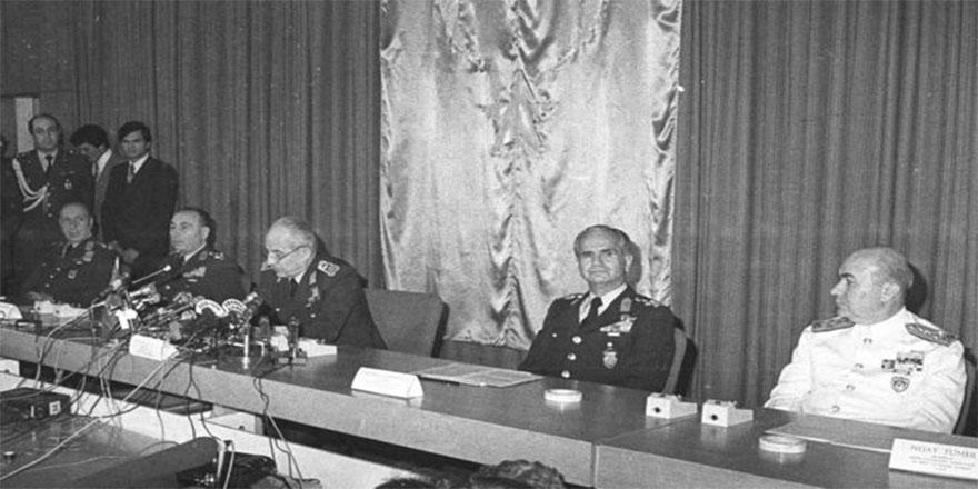 ABD'nin 12 Eylül'deki gizli yazışmaları ortaya çıktı: 'Askeri liderleri iyi tanıyoruz, endişelenmek için neden yok'