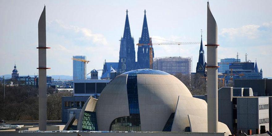 Erdoğan Köln'deki camiyi ziyaret etmek istiyor