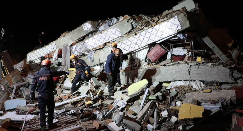 AB, Elazığ depreminin ardından uydu görüntüleme sistemini devreye soktu: Arama kurtarma çalışmalarına destek olacak