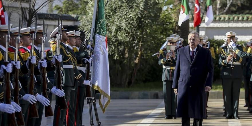 Erdoğan'ın Ziyareti Cezayir Basınında Geniş Yer Buldu