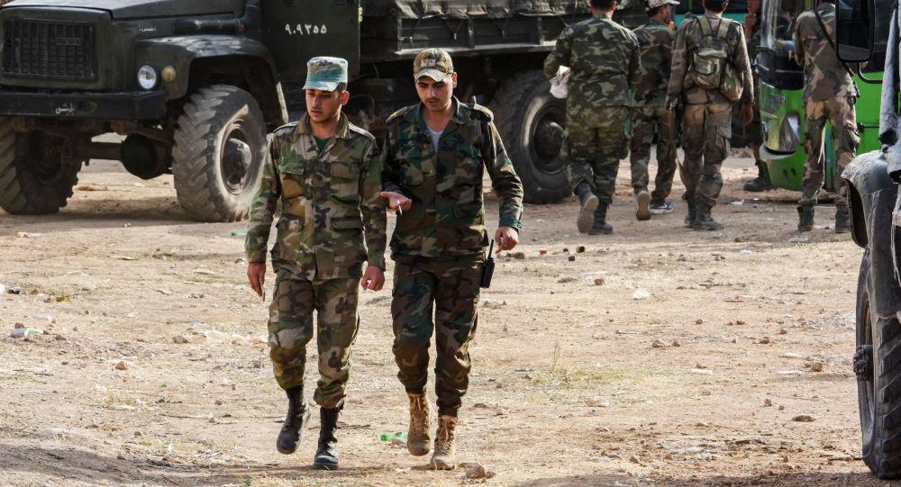 Suriye ordusu, Halep'in batısında militanların savunmasını kırdı