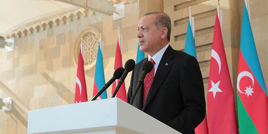 """Bakü'den Ermenistan'a sert mesaj """"sınırlarımızı açmalarını beklemeleri boşuna"""""""