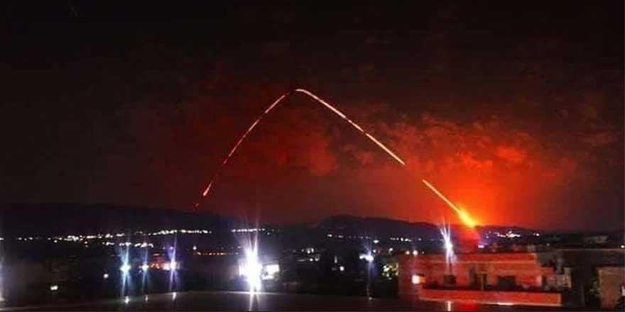 Fransa Suriye'ye füze yağdırdı