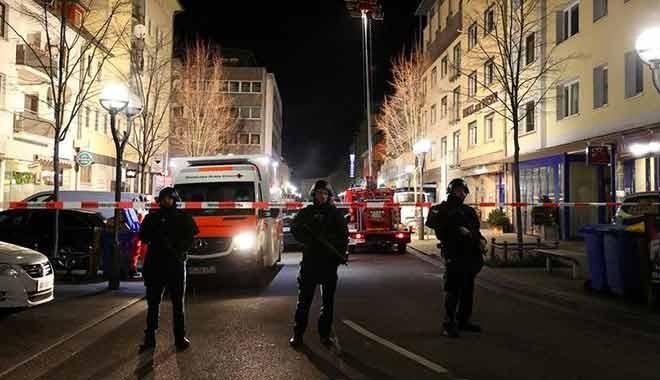 Almanya'da kafeye silahlı saldırı! 8 kişi öldü