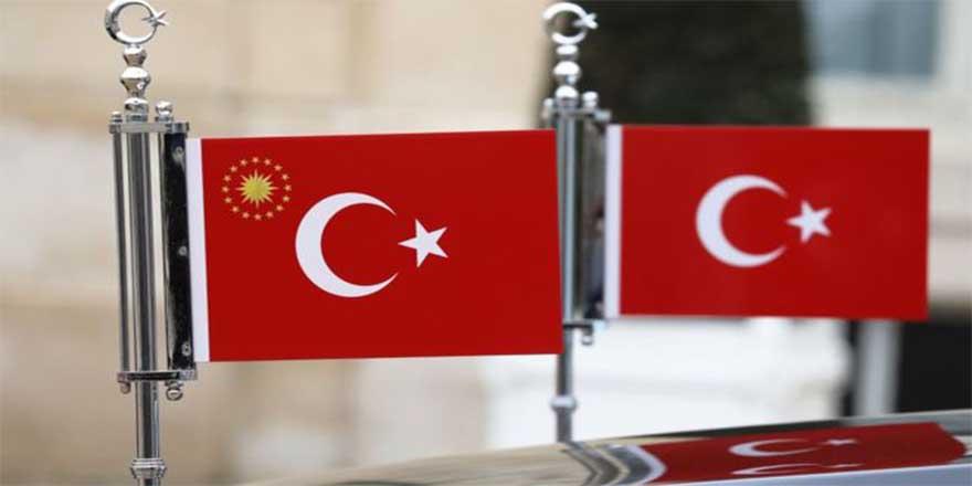 Cumhurbaşkanı kararıyla yabancıların Türk vatandaşlığına geçişiyle ilgili bazı düzenlemeler değiştirildi