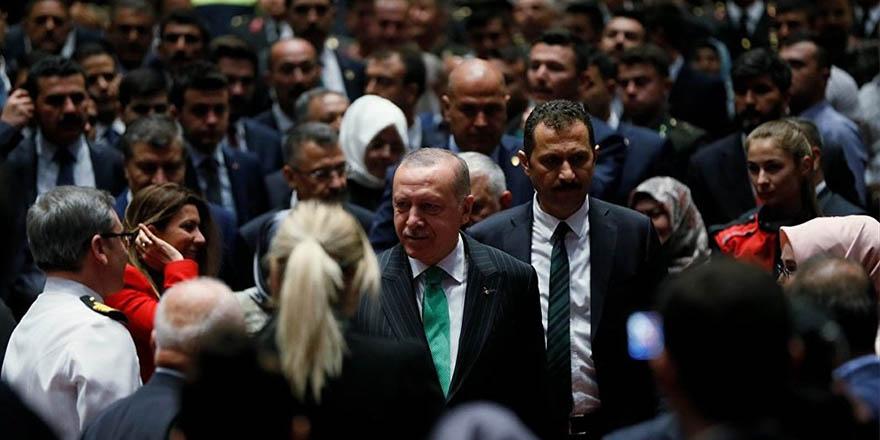 """""""Dövizle kiralama, dövizle alışveriş, bunlar bitti.  Türk Lirası kullanılacak, aksi halde bedelini öderler"""""""